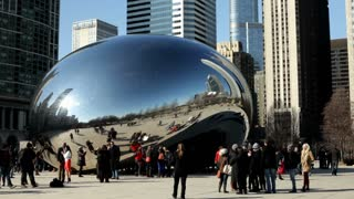 The Bean in Millenium park in downtown Chicago
