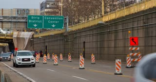 Traffic in downtown Pittsburgh construction zone 4k