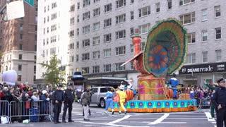 Turkey float going through 89th Annual Macys parade 4k