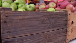 Apples at farmers market in downtown New York City 4k