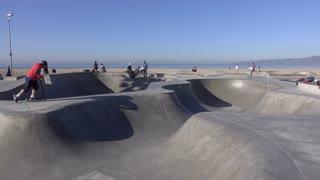 California skate park at Venice Beach 4k