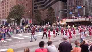 Chalmette High School Cheer Squad in Thoth Parade 4k