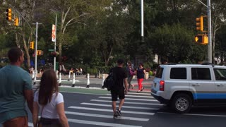 Crosswalk into Madison Square Park downtown NYC 4k