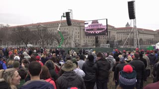 Crowds at Washington monument base preparing for Trump inauguration 4k
