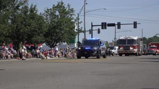 Emergency rescue vehicles in 4th of July Parade Fairborn 4k