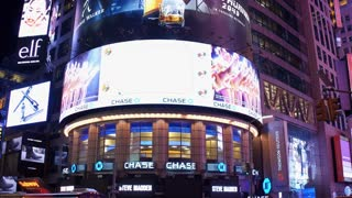 Establishing shot exterior Chase Bank New York City evening 4k