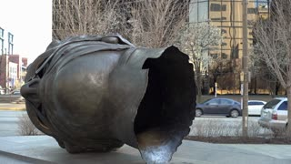 Famous Eros Bendato Head Sculpture in St Louis City Garden 4k