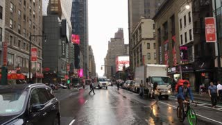Fedex Truck approaching intersection in NYC traffic