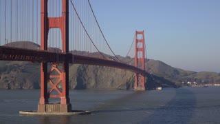 Golden Gate Bridge located in San Francisco 4k