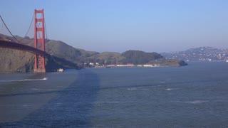 Golden Gate Bridge San Francisco pan establishing shot from water 4k