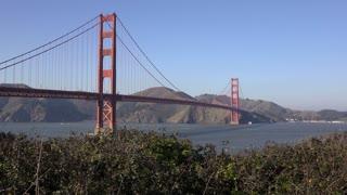Golden Gate Suspension Bridge spanning the Golden Gate strait 4k