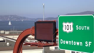 Highway sign for 101 South to downtown San Francisco