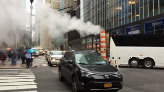 Intersection traffic of New York in slow motion