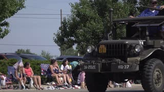 Military vehicles in July 4th Parade in Fairborn Ohio 4k