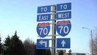 Missouri State Route 70 sign for interstate ramp 4k