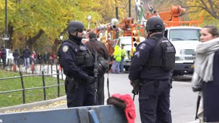 NYPD standing guard after 90th Macys Parade 4k