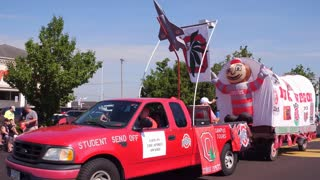 Ohio State Buck Wagon in July 4th parade Fairborn 4k