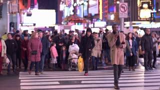Overflowing streets of New York City sidewalk 4k