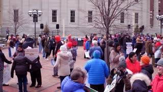 People Gathering At Courthouse Square For March For Our Lives Event Dayton 4k