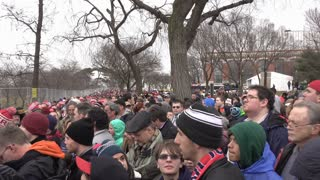 People In Security Line To Enter National Monument Area For Inauguration 2017 4K