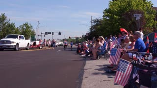 People with flags along parade route July 4th 2018 4k
