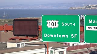 Sign on highway for exit 101 South to downtown San Francisco 4k