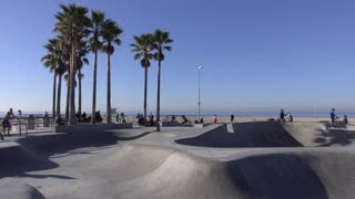 Skate park along side Venice Beach 4k