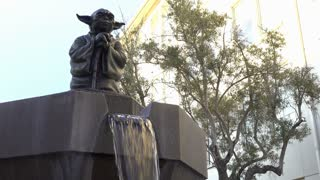 Yoda Fountain at Lucasfilm in San Francisco 4k