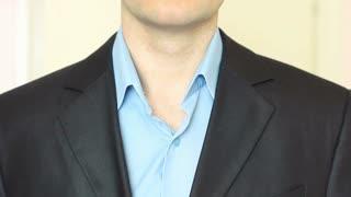 Businessman to tie a tie