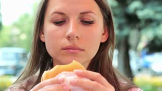 Businesswoman in fast food