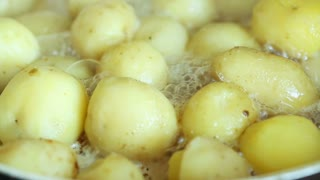 Cooking potato with meet