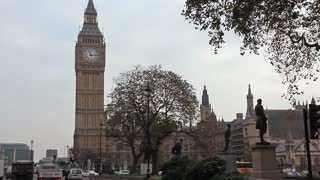 Big Ben is the nickname for the great bell of the clock at the north end of the Palace of Westminster in London, and often extended to refer to the clock and the clock tower, officially named Elizabeth Tower.