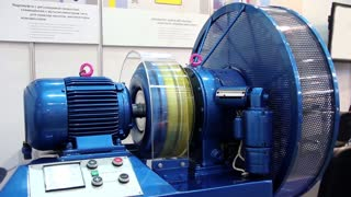 Hydraulically actuated clutch. Fluid flywheel