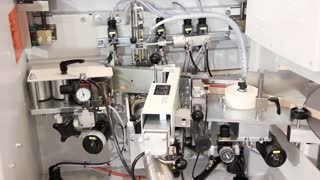 Manufacturing equipment for glued assembly