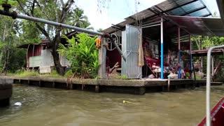 THAILAND, BANGKOK, APRIL 05, 2014: Boat sailing to the floating market
