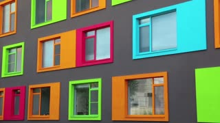 Varicoloured windows