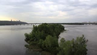 Video filming of Dnieper river from moving train on railway bridge 720p, 59.94fps