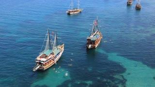Voyage. Ships in the Mediterranean sea. Alanya, Turkey