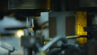 Manufacture of medical ampoules at the glass-blowing plant