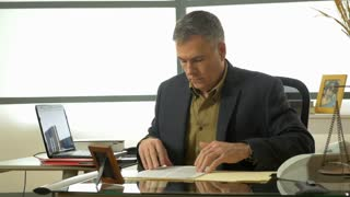 businessman working in his modern office 4k