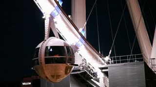 closeup of a pod of the high roller.