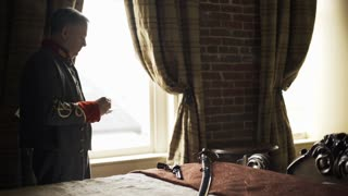 confederate captain pacing and thinking in his bedroom 4k