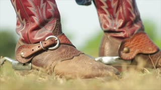 cowboy riding boots with spurs