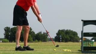 golfer practicing