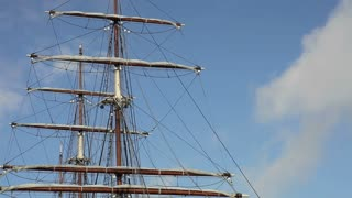 Tall ships mast timelapse.