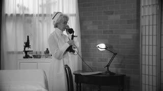 1920 S Nurse In The Doctors Office