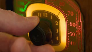 Macro Mans Fingers Dialing A Vintage Radio 4 K