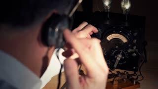 vintage radio operator 4k.