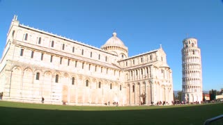 Wide shot of the basilica of the famous Leaning Tower of Pisa.