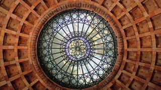 A rotating rotunda.
